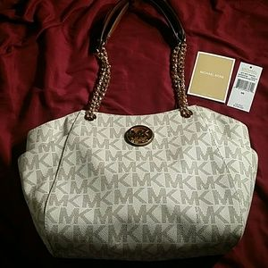 MICHAEL KORS brand new withtags